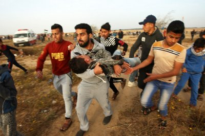 Protests at Gaza border leave 60 Palestinians injured