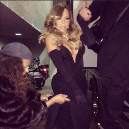 Mariah Carey dons very low-cut dress for BET Honors