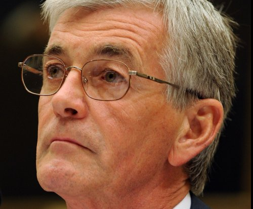 Army Secretary John McHugh stepping down, Pentagon says