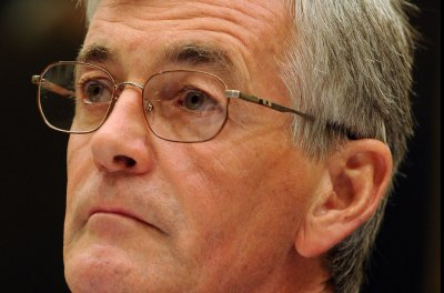 Army Secretary John McHugh stepping down, Pentagon says