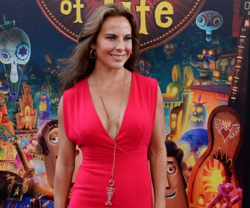 Mexico orders 'El Chapo'-linked actress Kate del Castillo to be located