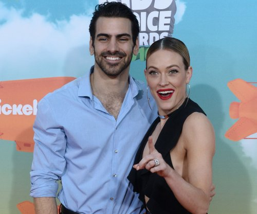 Nyle DiMarco and Peta Murgatroyd crowned Season 22 winners of 'Dancing with the Stars'