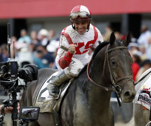 Cloud Computing pulls upset in 2017 Preakness Stakes, halts Always Dreaming Triple Crown bid