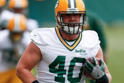 Joe Kerridge: Green Bay Packers promote fullback to active roster