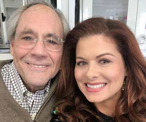 Debra Messing says Robert Klein will play Grace's dad on 'Will & Grace'