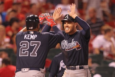 Freddie Freeman propels Atlanta Arizona Braves past Diamondbacks