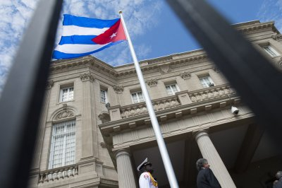 19 U.S. travelers to Cuba report symptoms similar to diplomats