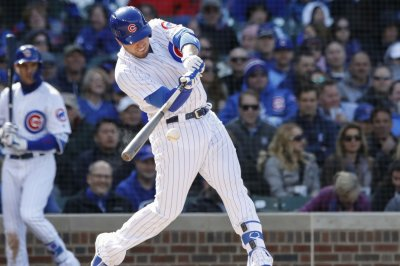 Cubs' Victor Caratini shows off giant bat flip after grand slam vs. Nationals