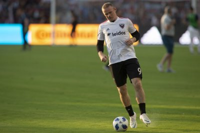 Soccer star Wayne Rooney arrested for public intoxication, swearing