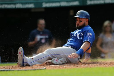 Pittsburgh Pirates to sign free-agent outfielder Melky Cabrera