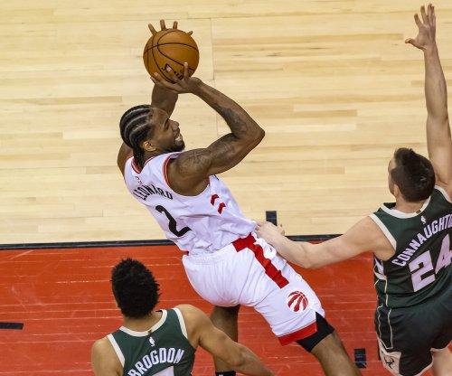 Toronto Raptors defeat Milwaukee Bucks in Game 4 to even series