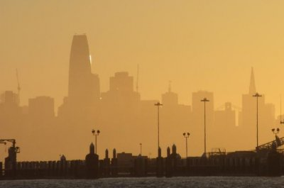 Air pollution exposure worsens lung function in current, former smokers