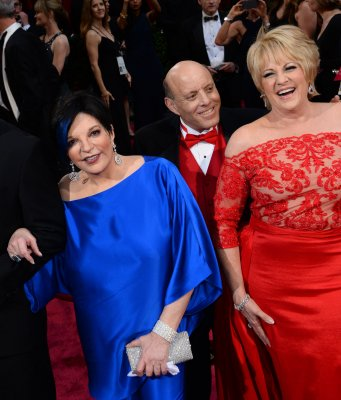Liza Minnelli responds to the drag queen joke Ellen made at the Oscars