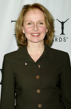 Kate Burton to return on 'Grey's Anatomy'