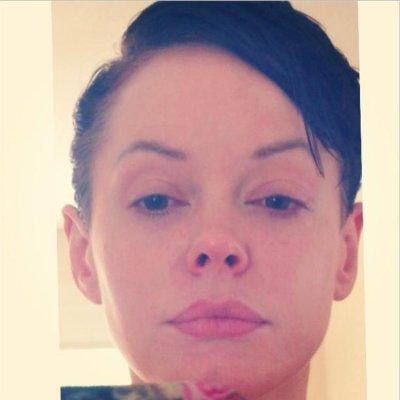 Rose McGowan chops her hair, says she looks like Hitler's cousin