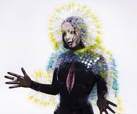 Bjork releases new album 'Vulnicura' early