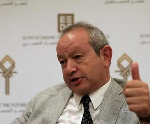 Egyptian telecom billionaire offers to buy island to shelter refugees