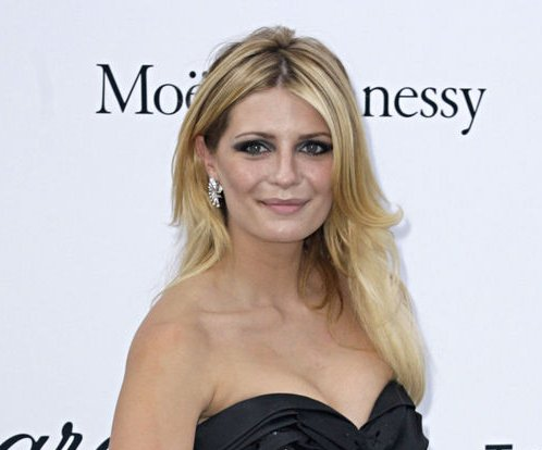 Mischa Barton says date rape drug led to hospitalization
