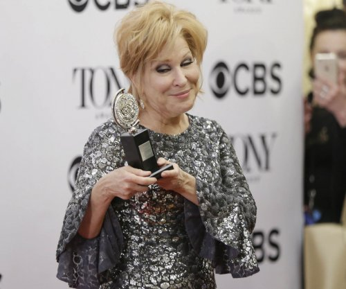 'Hello, Dolly!' star Bette Midler says she's 'stunned' by warmth of Broadway community