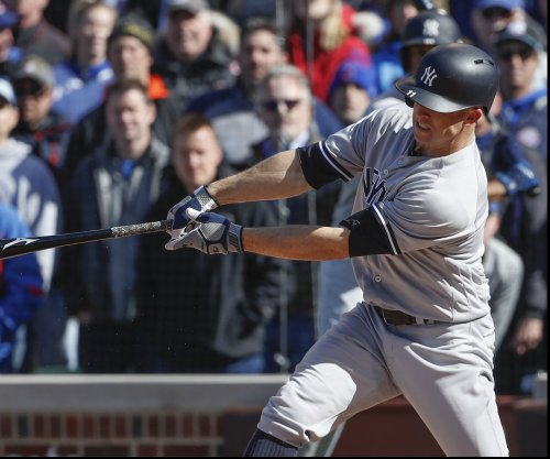 New York Yankees win sixth straight on Brett Gardner's walk-off single