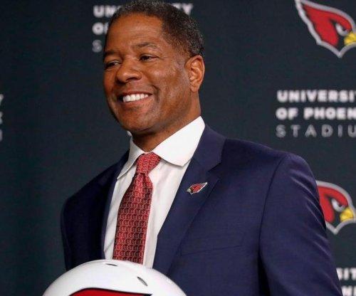 Coach Wilks likes Cardinals' roster despite QB void