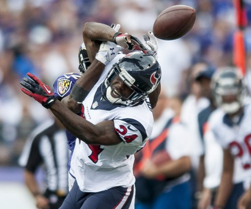 Reports: CB Joseph agrees to two-year deal with Texans