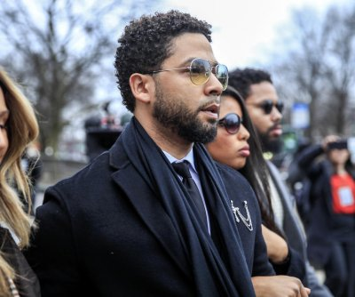 Actor Jussie Smollett pleads not guilty on 6 new charges