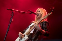 Liz Phair enters 'realm of imagination' with live stream show