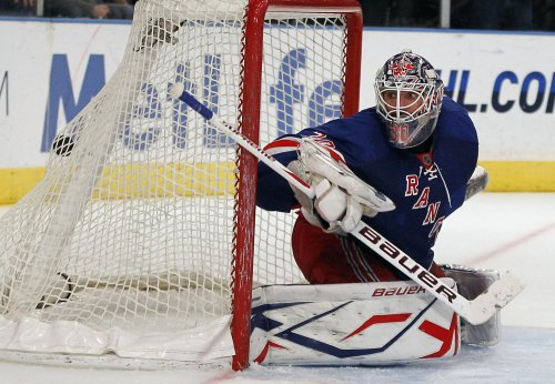 NHL: Ottawa 2, New York Rangers 0