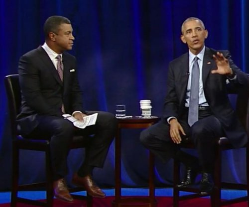 Obama discusses discrimination, social change with students at town hall