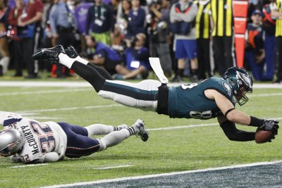 Super Bowl LII: Underdog Eagles top Patriots, 41-33