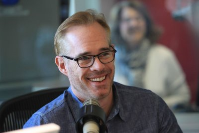 Joe Buck, Troy Aikman to call FOX's Thursday Night Football