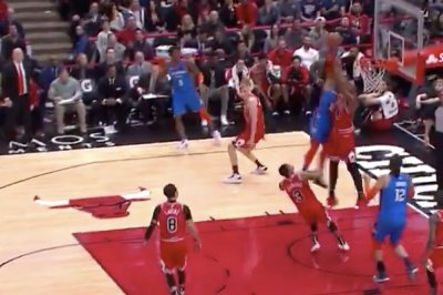 Bulls' Wendell Carter Jr. blocks Russell Westbrook dunk
