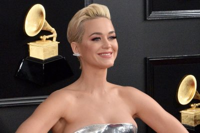 Katy Perry says she bonded with Orlando Bloom over In-N-Out