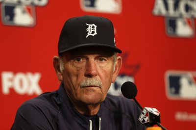 Leyland to step down as Detroit Tigers manager