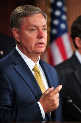 Graham: Obama waited too long on Gadhafi