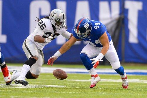 New York Giants place Hillis on IR