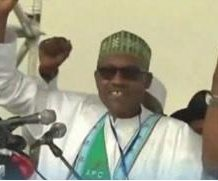 Nigeria: President Buhari says treasury 'virtually empty'
