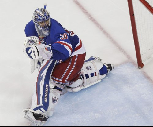 New York Rangers spoil festive night in Chicago, beat Blackhawks