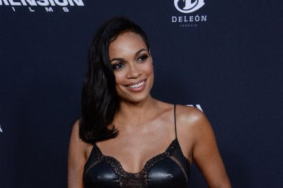 Rosario Dawson will voice Batgirl in 'Lego Batman'