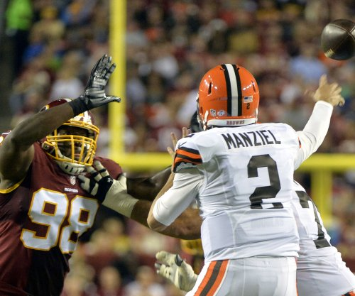 Manziel to start for injured McCown on Thursday night