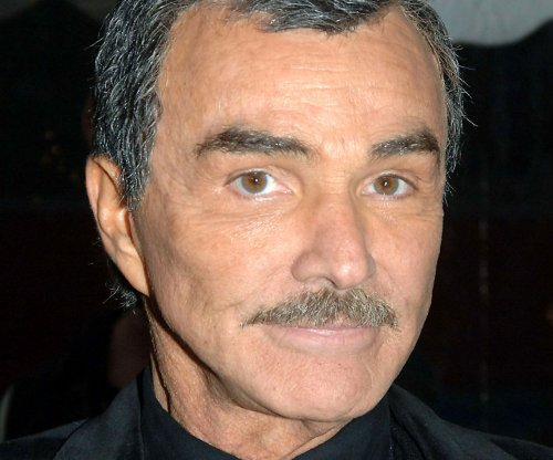 Burt Reynolds says Sally Field is the love of his life