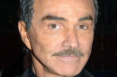 Burt Reynolds says Sally Field is the love of his life