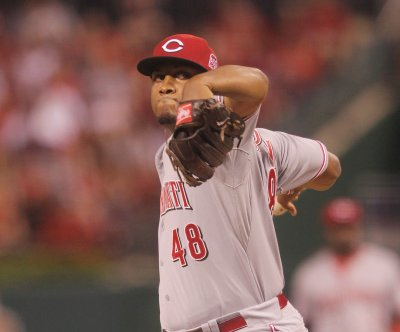 Jay Bruce, Keyvius Sampson lift Cincinnati Reds to victory