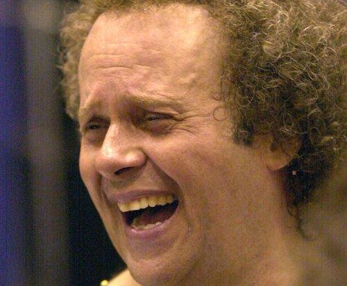 Richard Simmons hospitalized for 'severe indigestion'