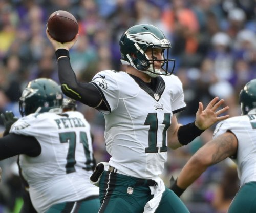 Carson Wentz's 4 TD passes help Philadelphia Eagles rout Arizona Cardinals