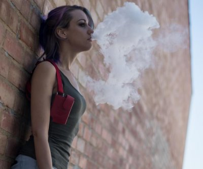 Vaping-illness cases still growing, now in all 50 states, CDC says