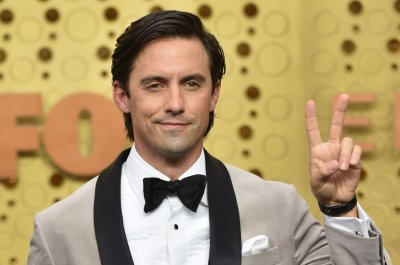 Milo Ventimiglia sent Jimmy Fallon's wife a photo of himself as Evel Knievel
