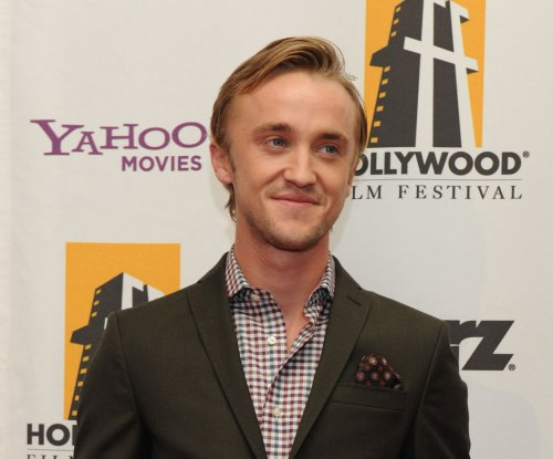 Tom Felton posts new photo of himself and several 'Harry Potter' co-stars on Instagram