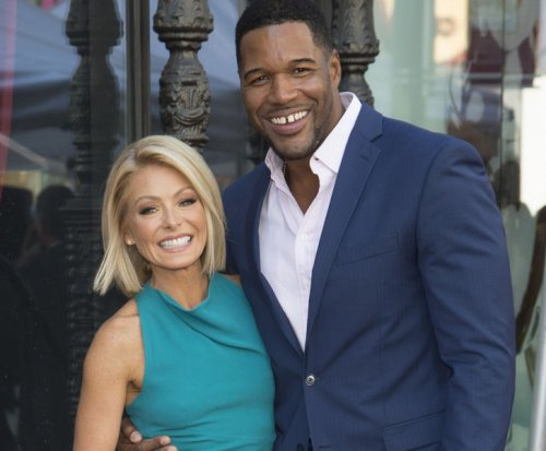 Kelly Ripa, Michael Strahan channel Kim Kardashian, Cookie Lyon for Halloween